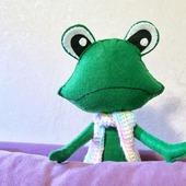 Лягушка-квакушка из фетра