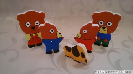 Домик со зверятами игрушки из дерева ручной работы на заказ