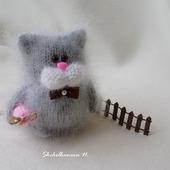 """Котик с сосисками - интерьерная игрушка """"Пушистик"""""""