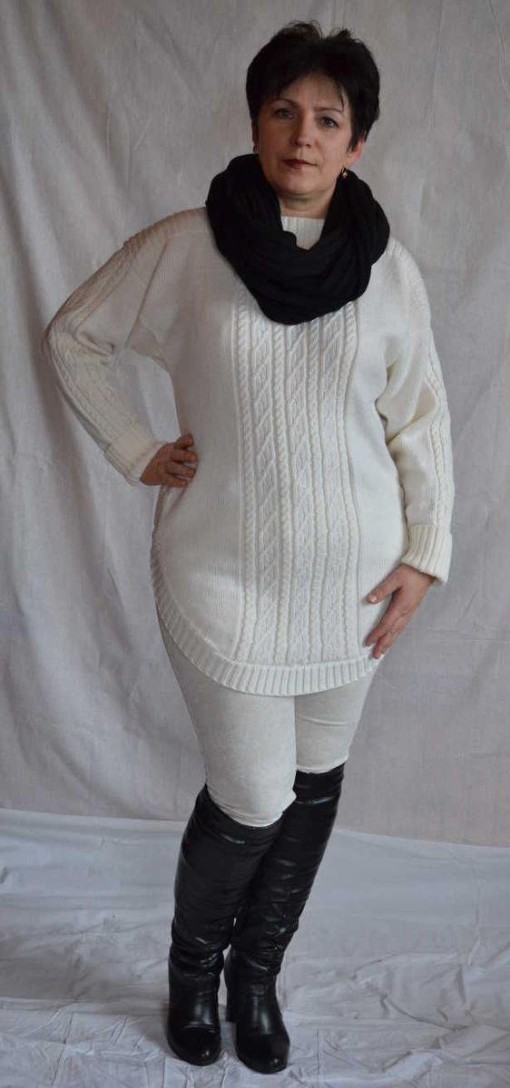 Женский свитер косами вязаный