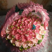 Корзина из 55атласных роз