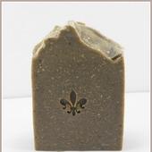 Натуральное мыло с грязью Мёртвого моря и черной глиной