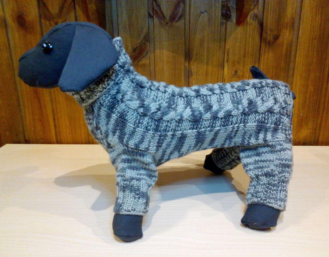 Вязанные комбинезонов для собак