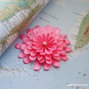 Делаем цветок хризантемы из атласной ленты своими руками. Видео мастер-класс канзаши
