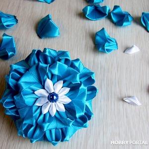 Красивые цветы из лент своими руками. Видео мастер-класс