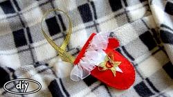 Новогодний декор на елку своими руками - рукавичка. Видео мастер-класс