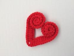 Вязаное сердечко крючком.