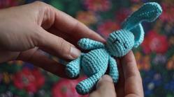 Вязание крючком для начинающих: полустолбик с накидом и столбик с накидом