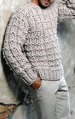 Мужской свитер крупной вязки