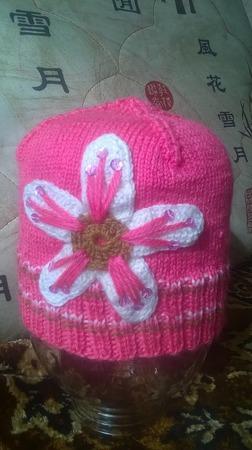 Шапочка с цветком ручной работы на заказ