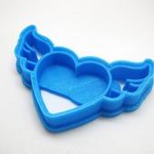 Вырубка для печенья и пряников форма Сердце с крыльями