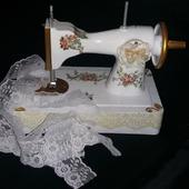 """Интерьерная швейная машинка """"Нежность"""""""