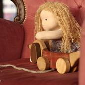 Игровая кукла в вальдорфском стиле