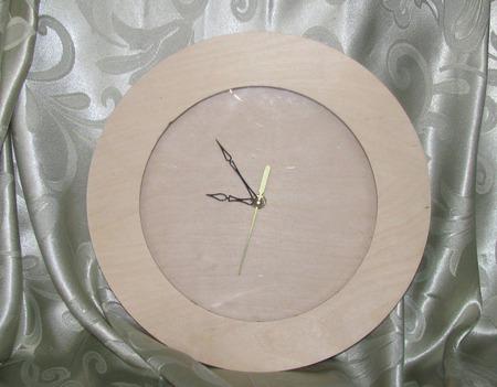 Часы настенные круглые со стеклом ручной работы на заказ