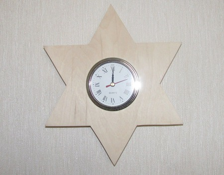 """Часы настенные """"Звезда Давида"""" ручной работы на заказ"""