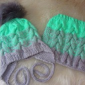 Детский вязаный комплект шапка и снуд