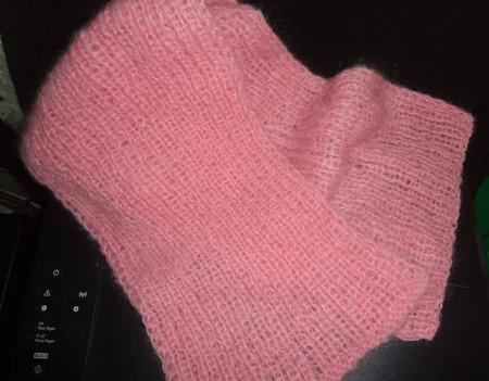 """Комплект """"Розовый берет и шарф для дамы"""" ручной работы на заказ"""