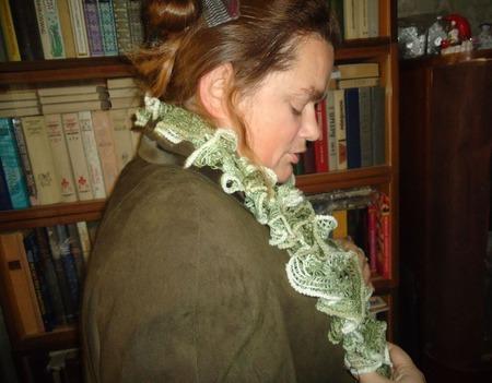 Шарфик Дантелла оттенки зеленого ручной работы на заказ