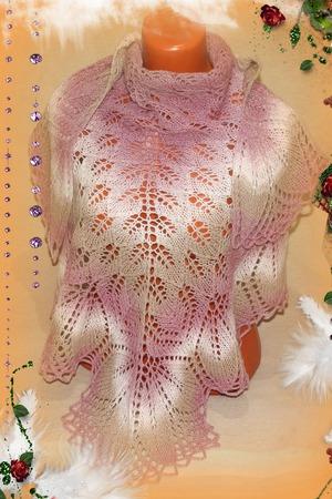 """Шаль вязаная """"Нежная"""", шаль из шерсти, подарок на 8 марта ручной работы на заказ"""