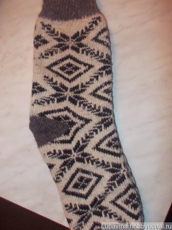 Носки мужские бесшовные-   р-р 42- 46 цена 140 руб. ручной работы на заказ