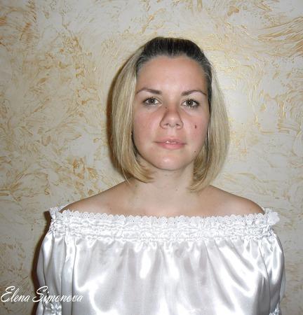 Блузка с открытыми плечами ручной работы на заказ