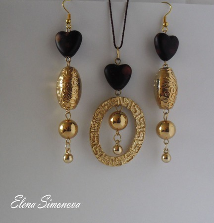 """Комплект украшений  """"Сердечки коричневые"""" (серьги длинные, кулон) ручной работы на заказ"""
