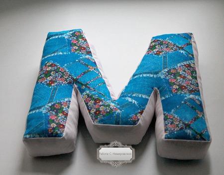 Буква-подушка ручной работы на заказ