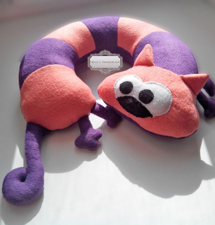 Подушка под шею Кот в мешке ручной работы на заказ