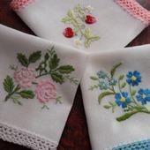 Платочки носовые с кружевом и вышивкой (нарядные)