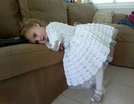 Нарядное белое платье ручной работы на заказ