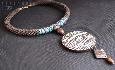 Короткое этническое колье с ручной росписью (бирюза и шоколад) ручной работы на заказ