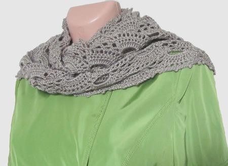 Мини-шаль вязаная Бежевый веер ручной работы на заказ