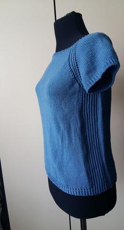 Джемпер с короткими рукавами ручной работы на заказ