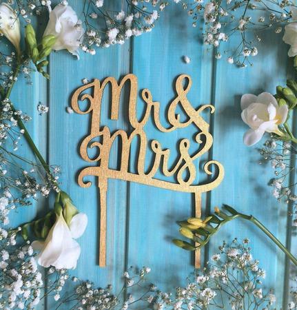 Топпер для украшения свадебного тортика ручной работы на заказ