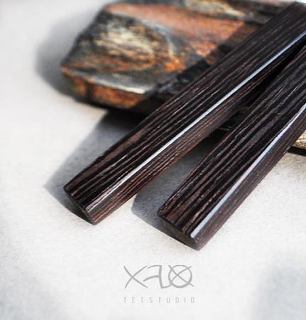 Стильные серьги из венге (минимализм) ручной работы на заказ