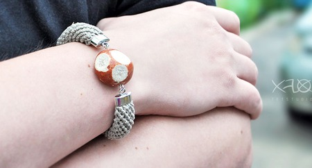 Браслет льняной с полудрагоценным камнем (унисекс) ручной работы на заказ