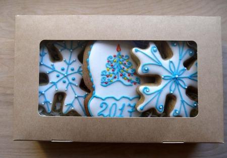 """Новогодний набор пряников """"Снежинки и варежка"""" ручной работы на заказ"""