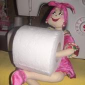 """Кукла """"Солоха"""" -держатель рулона туалетной бумаги"""