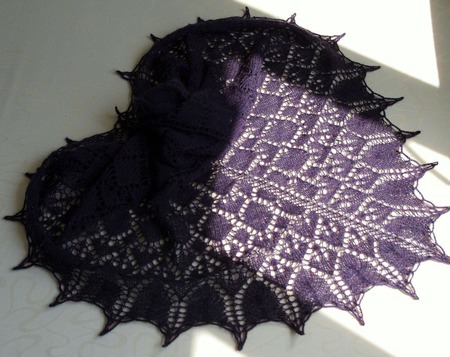 Ажурная шаль из тонкого итальянского кид-мохера и мериноса ручной работы на заказ