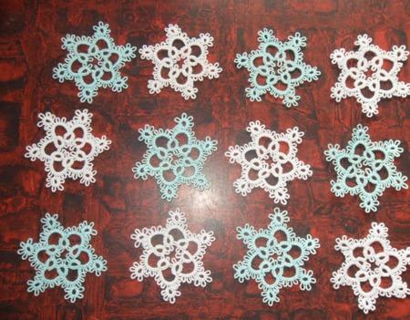 Снежинки фриволите ручной работы на заказ