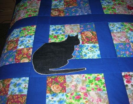 Лоскутное покрывало Кошки на окошке ручной работы на заказ