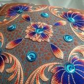 Подушка декоративная (наволочка) с художественной стежкой