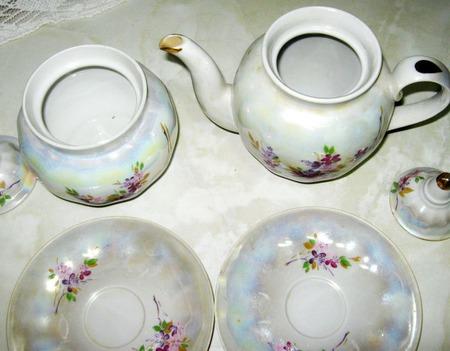 Остатки чайного сервиза ручной работы на заказ