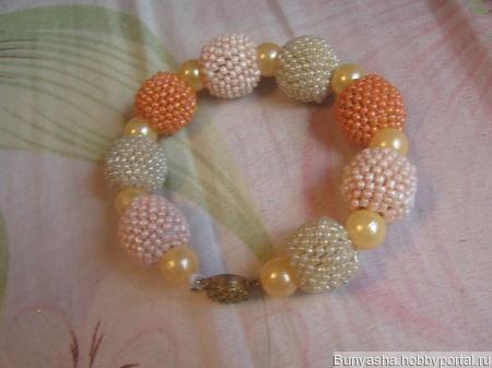 Персиковый браслет. ручной работы на заказ
