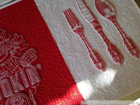 Салфетки для горячего с художественной стежкой ручной работы на заказ