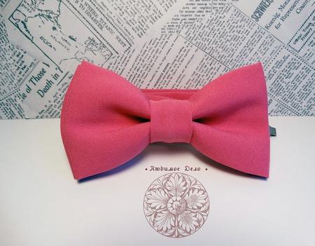Галстук-бабочка розовая ручной работы на заказ