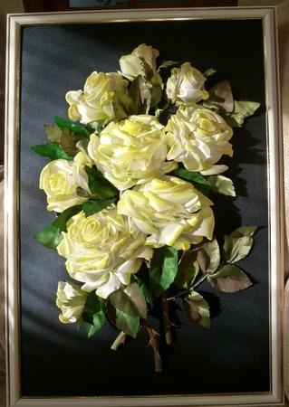 Белые розы ручной работы на заказ