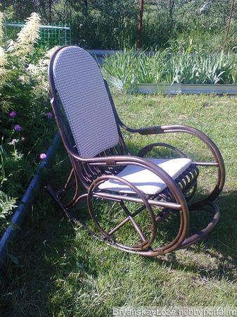 Кресло-качалка Виктория ручной работы на заказ