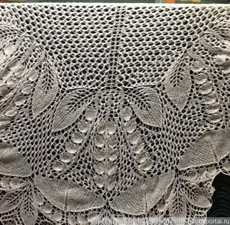 Свадебная шаль из мохера с пайетками Ландыши ручной работы на заказ