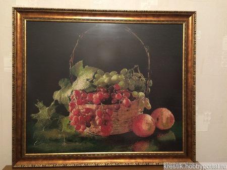 Корзина с виноградом ручной работы на заказ